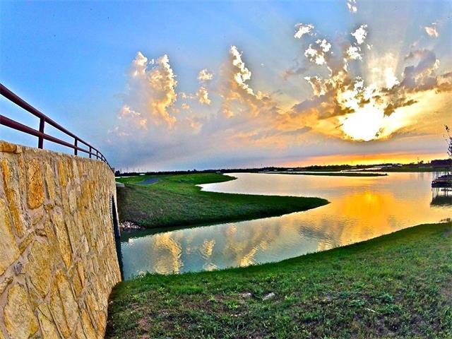 800 River Ranch Cir, Martindale, TX 78655