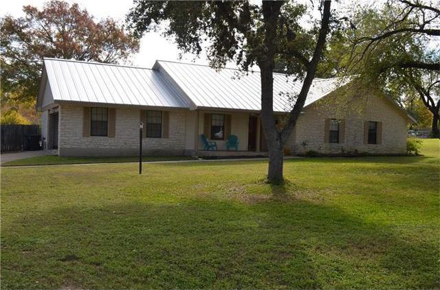 205 Ash Dr, Mountain City, TX 78610