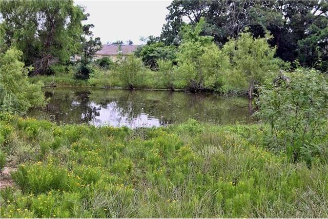 345 Track Rd, Dale, TX 78616