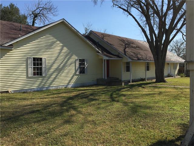 510 West Ave, Schulenburg, TX 78956