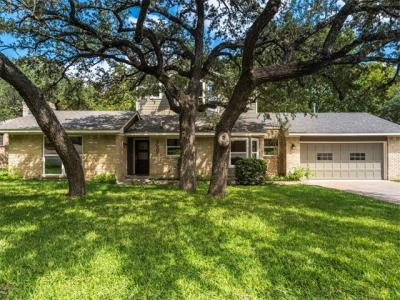 Photo of 6505 Shadow Valley Dr, Austin, TX 78731