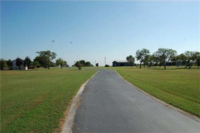 6506 Williamson Rd, Creedmoor, TX 78610