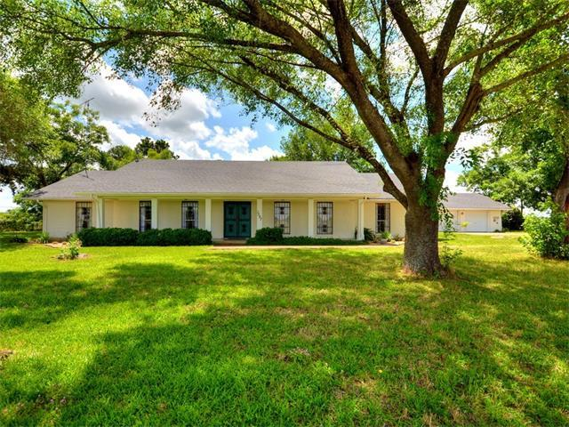 1097 Old Mcdade Rd, Elgin, TX 78621