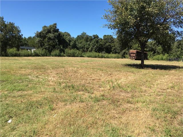 1525 E Cameron Ave, Rockdale, TX 76567
