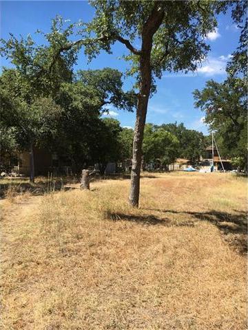 819 Woodland Hills Dr, Granite Shoals, TX 78654
