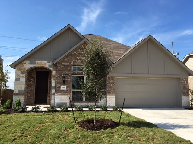 923 Emory Stable Dr, Hutto, TX 78634