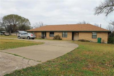 Photo of 226 Allday St, Rockdale, TX 76567
