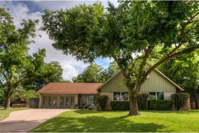 Photo of 1810 Belford Dr, Austin, TX 78757