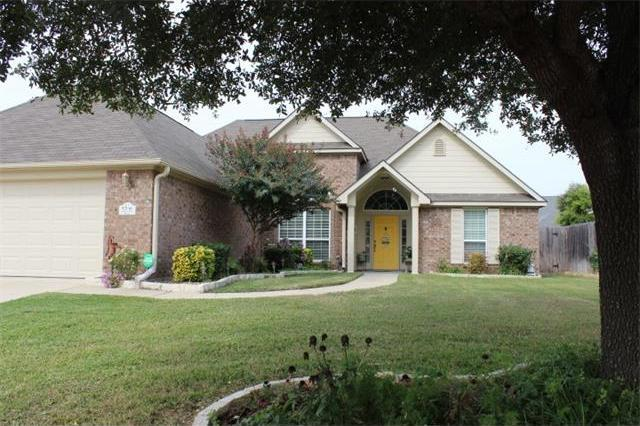 5708 Meadow Wood Dr, Temple, TX 76502