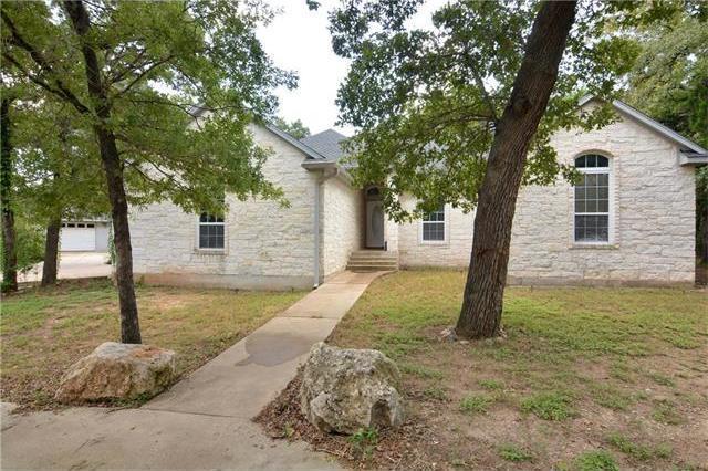 245 Woodlands Dr, Bastrop, TX 78602