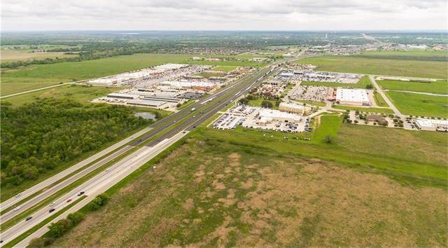 701 Texas 71 W Hwy W, Bastrop, TX 78602