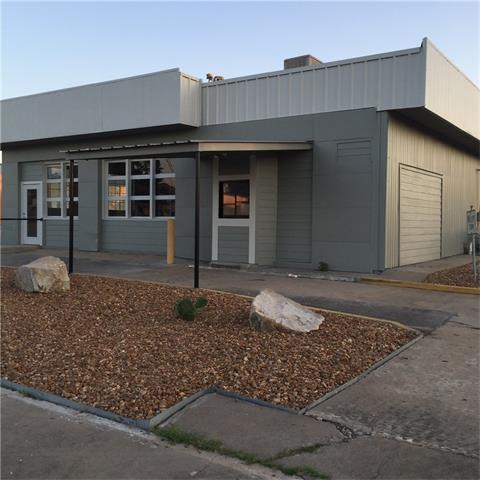 405 Summit St, Schulenburg, TX 78956
