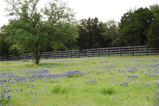 27513 Waterfall Hill Pkwy, Spicewood, TX 78669