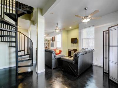 Photo of 7106 Guadalupe St, Austin, TX 78752