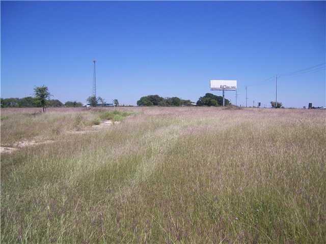 720 W Interstate 10, Seguin, TX 78155