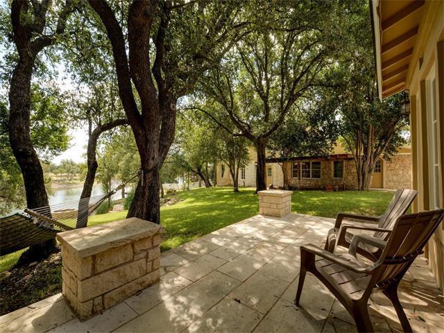 2613 Oak Ridge Dr, Spicewood, TX 78669