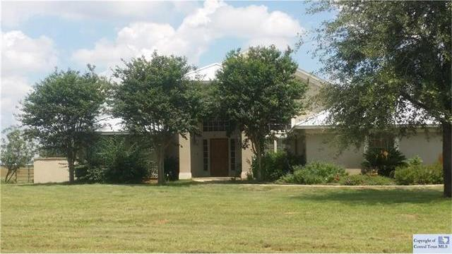 2813 County Road 421, Other, TX 78160