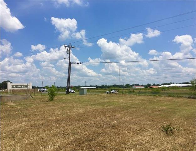 104 Heritage Oaks Dr, Cedar Creek, TX 78612