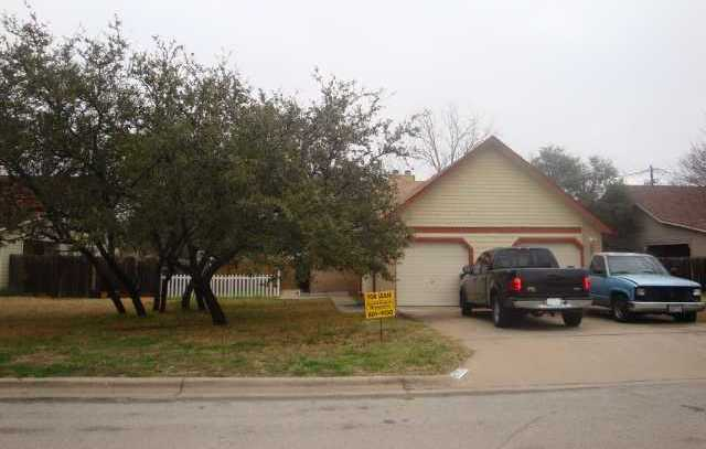 8702 Clearbrook #A, Austin, TX 78729