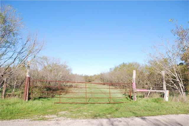 310 Watts Ln, Cedar Creek, TX 78612