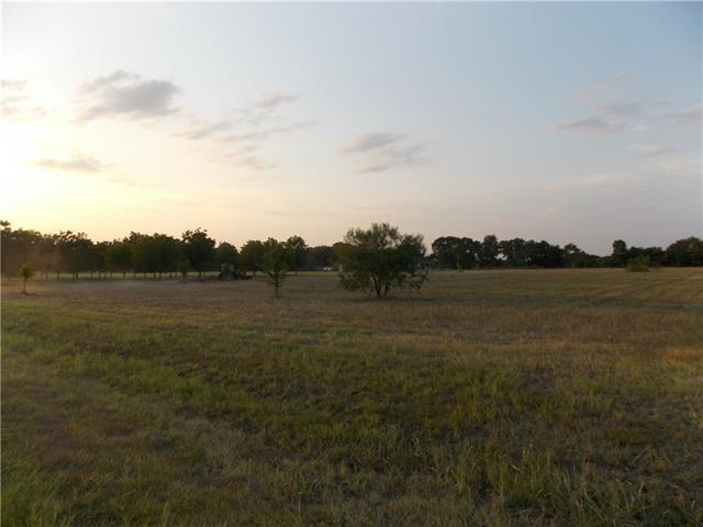 120 Colorado Blf, Cedar Creek, TX 78612