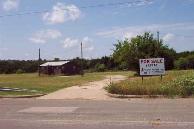 2271 Park Bend Dr, Austin, TX 78758