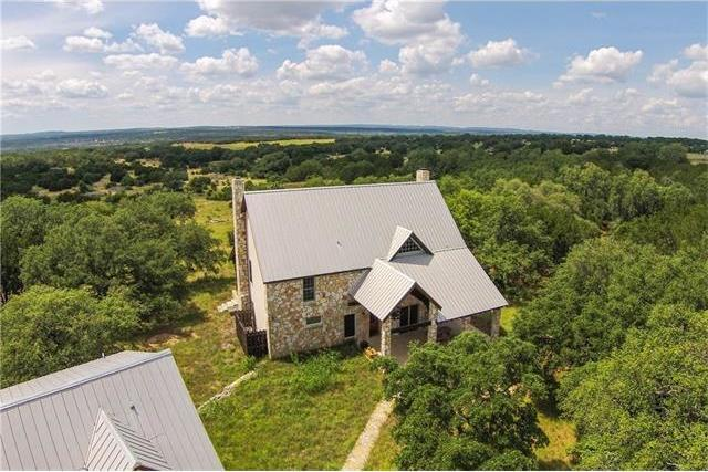189 Water Hole Rd, Johnson City, TX 78636