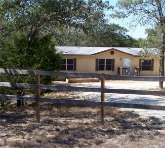 541 High View Ranch Dr, Cedar Creek, TX 78612