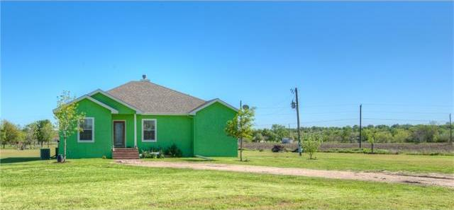35 Flint Rd, Kyle, TX 78640