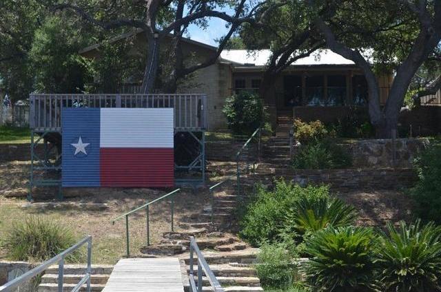 212 Point St, Burnet, TX 78611