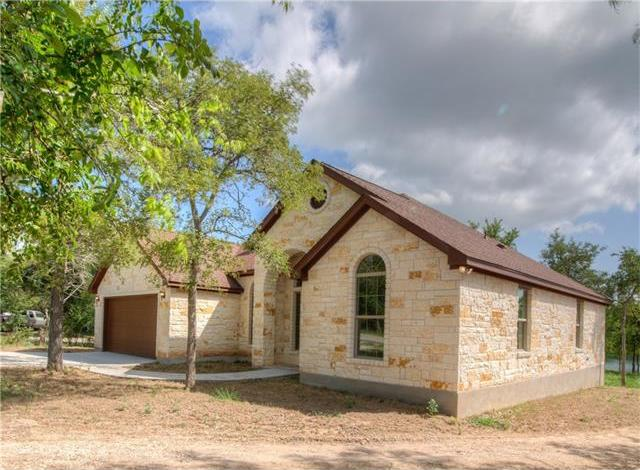 158 S Lakeview Dr, Del Valle, TX 78617
