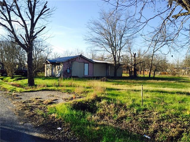 704 Magnolia St, Bastrop, TX 78602