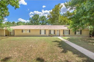 Photo of 167 Indian Oak, Bastrop, TX 78602