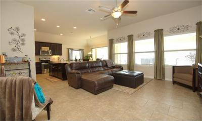 Photo of 413 Lismore St, Hutto, TX 78634