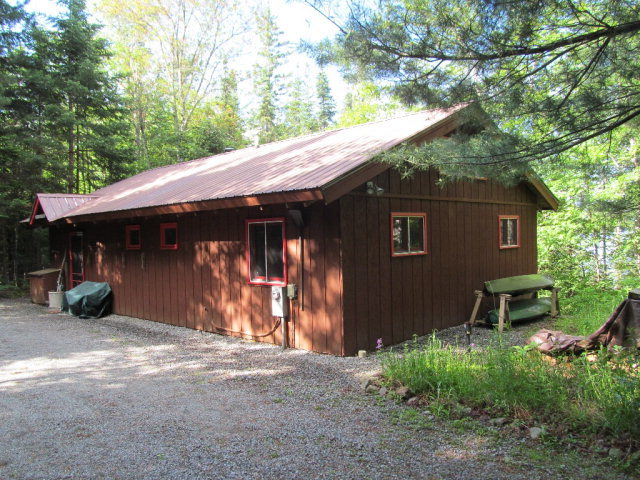 149 Lake Snow Road, Indian Lake, NY 12842