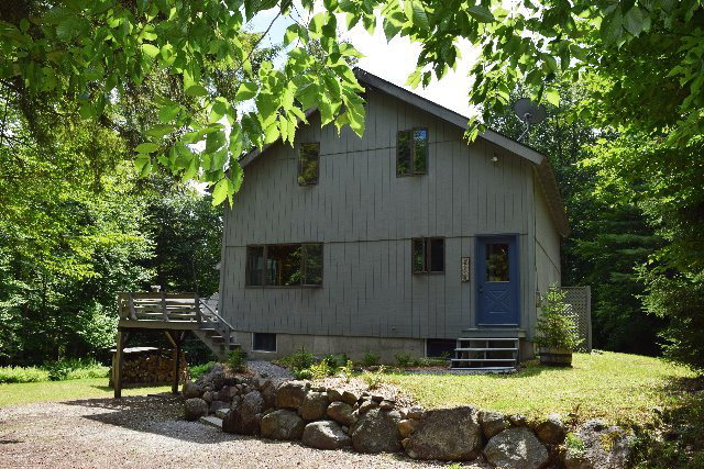 6 Greylock Road, Raquette Lake, NY 13436