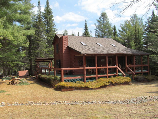 7958 Nys Rte 30, Blue Mountain Lake, NY 12842