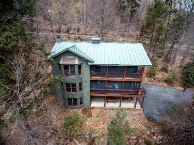 Photo of 374 Martin Road, Eagle Bay, NY 13331