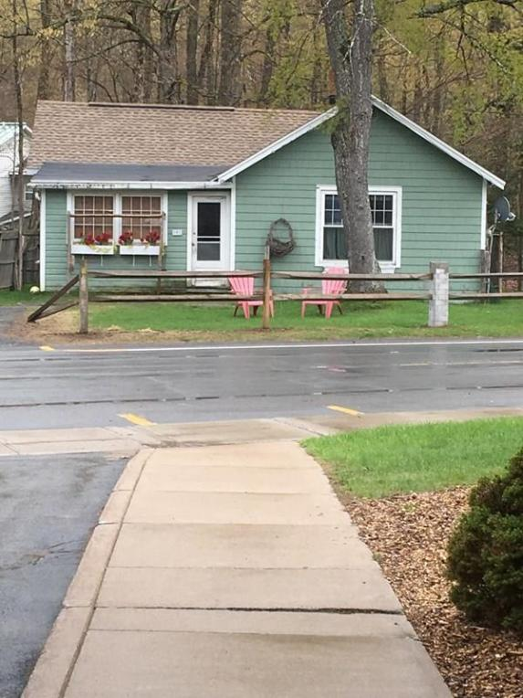 192 Park Ave, Old Forge, NY 13420