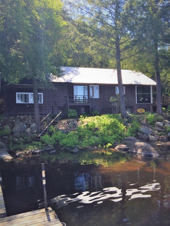 899 Deerland Rd, Long Lake, NY 12847