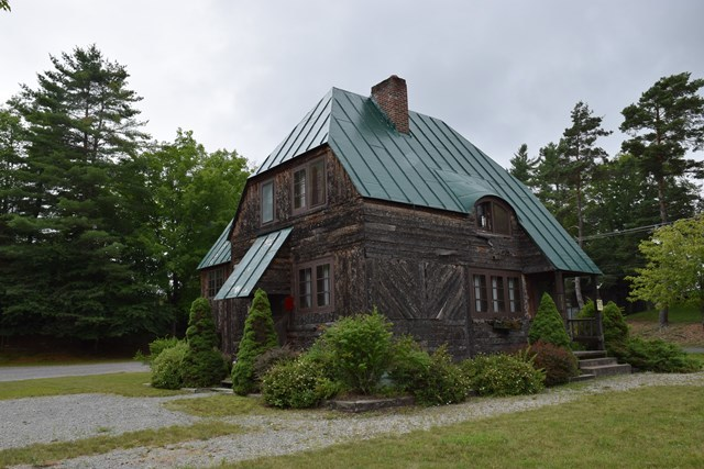 216 Park Ave, Old Forge, NY 13420