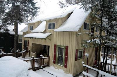 Photo of 4 Cliff House Road, Inlet, NY 13360