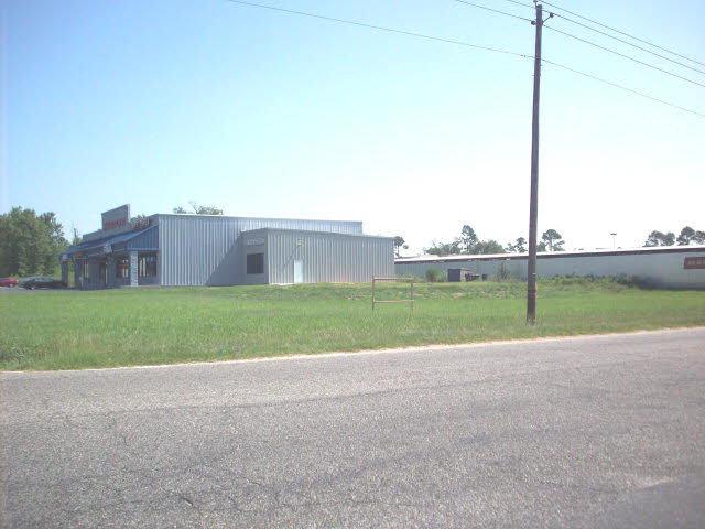 Lindberg Avenue, Atmore, AL 36502