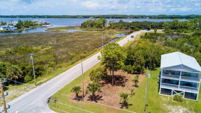 1st Avenue, Gulf Shores, AL 36542