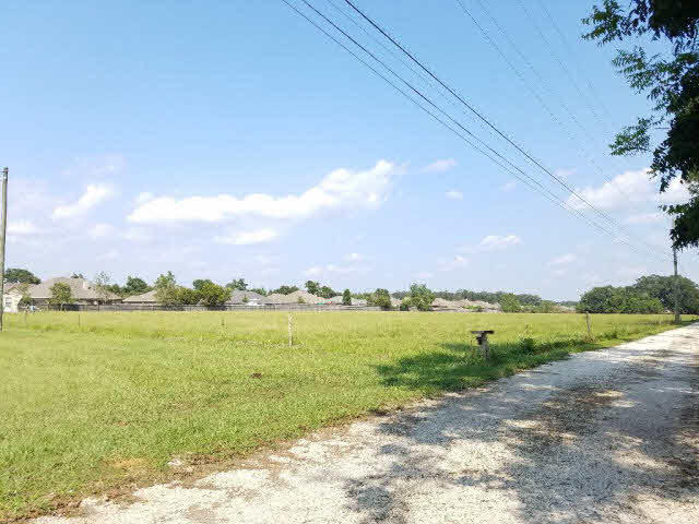 County Road 13, Daphne, AL 36526