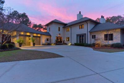 Photo of 6883 Oak Point Lane, Fairhope, AL 36532