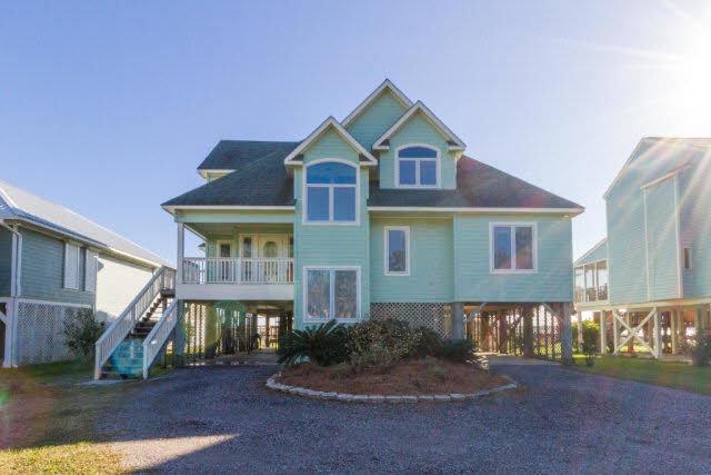 17260 Oyster Bay Road, Gulf Shores, AL 36542