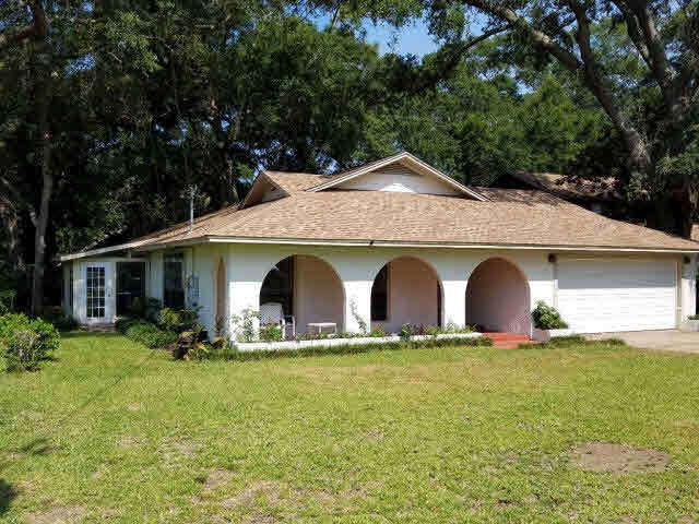 2218 Club House Drive, Lillian, AL 36549