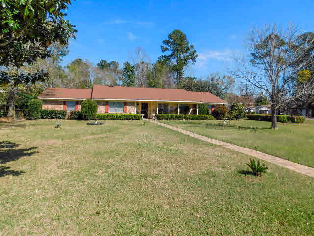 400 W Verbena Avenue, Foley, AL 36535