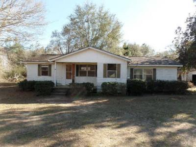 Photo of 34990 Magnolia Farms Rd, Robertsdale, AL 36567